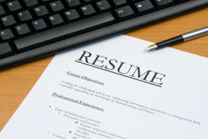 Deciding Whether or Not to Use Resume Builder | Resume Software